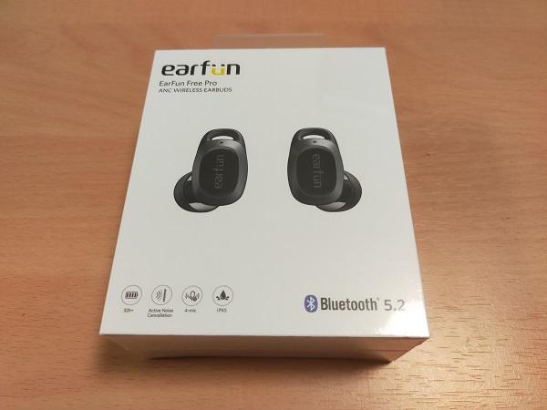 EarFun Free Proの外箱