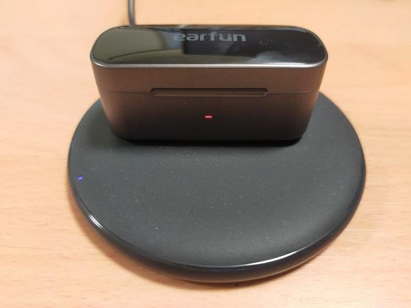 EarFun Free Proはワイヤレス充電に対応している
