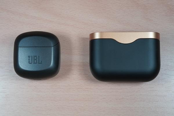 JBL CLUB PRO+ TWSとSONY WF-1000XM3のイヤホンケース比較