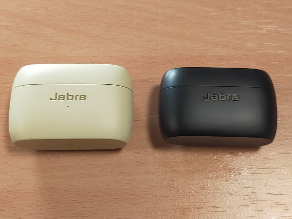 Jabra Elite 85tとElite 75tのイヤホンケースの比較