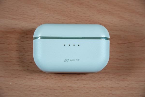 AVIOT TE-D01tのイヤホンケース