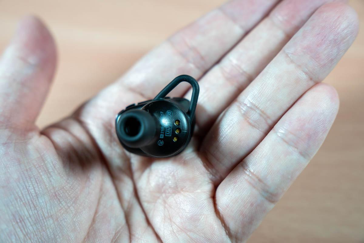 NUARL N6Pro2のイヤホン本体裏面